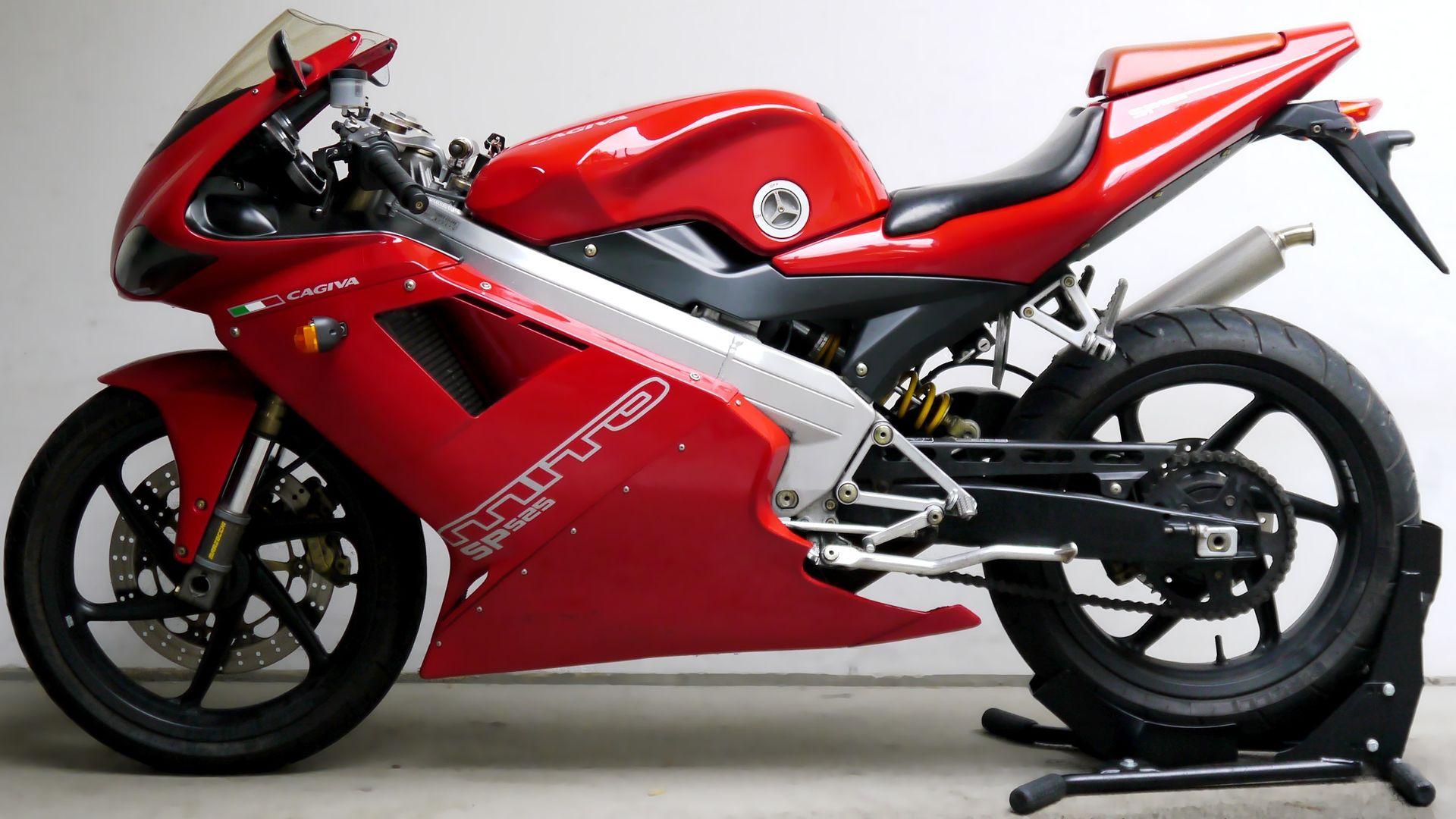 cagiva motos klet tar h ve motos klet modeller motosiklet. Black Bedroom Furniture Sets. Home Design Ideas