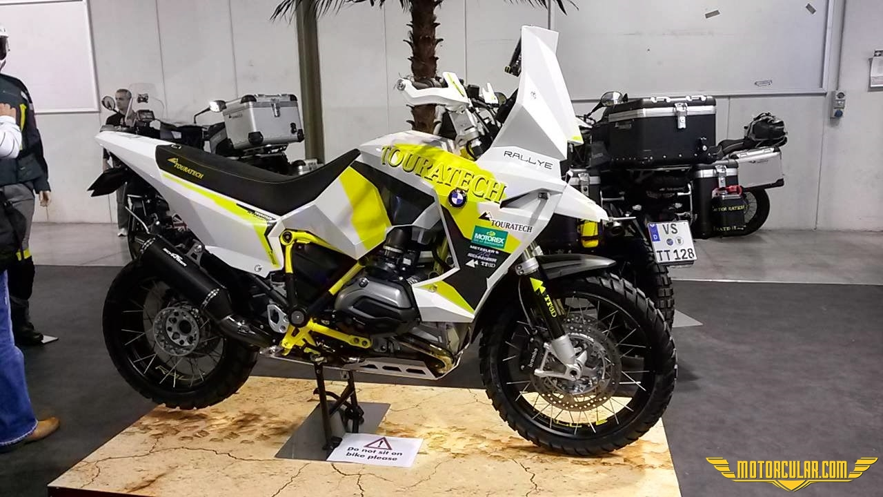 BMW R1200gS adventure by Touratech
