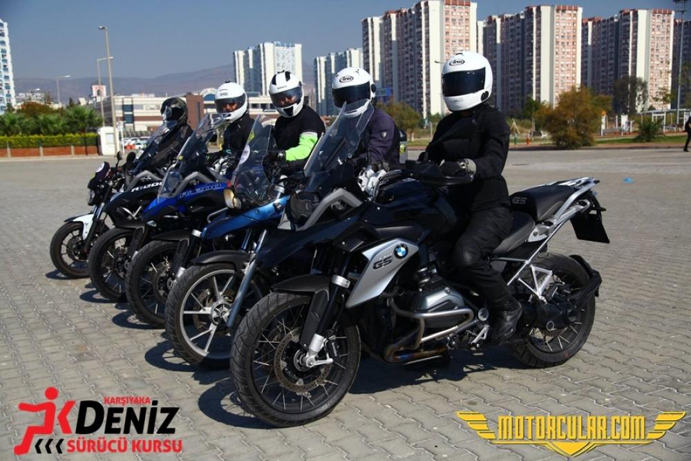İzmir'de Fark Yaratan Bir Sürücü Kursu
