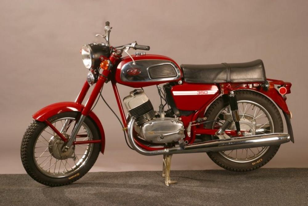 история создания Мотоцикла Ява