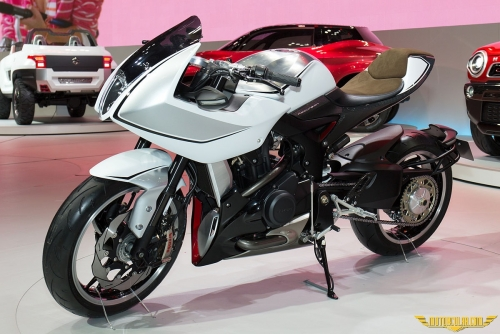 Suzuki'nin Yeni Çift Silindirli Motoru
