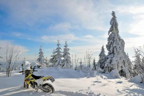 Motosiklet Kullanımında Aşırı Havalarla Mücadele