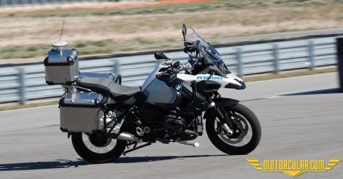 BMW'nin İlk Otonom Motosikleti