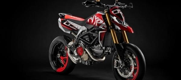 Ducati Hypermotard 950 Konsepti ile Ödül Kazandı