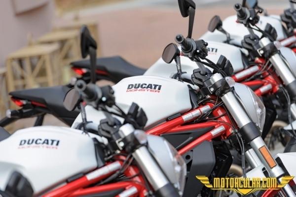 Ducati Monster 797 www.motorcular.com