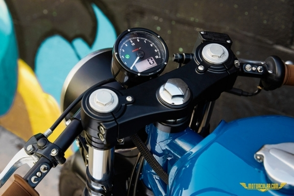 Federal Moto'dan Custom Royal Enfield