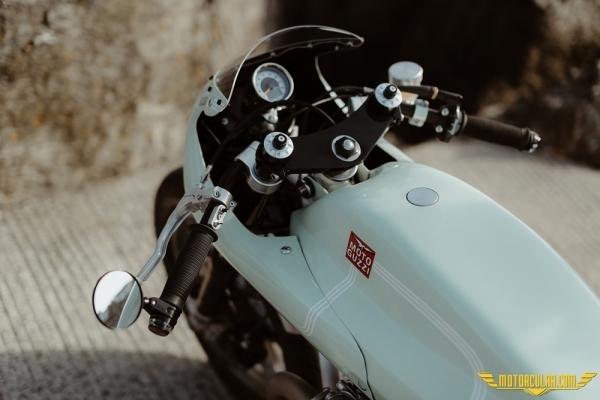 Moto Guzzi V1000 Custom: Celeste Green