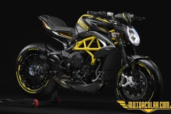 MV Agusta Dragster 800RR Pirelli'yi Sundu