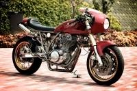 Yamaha SR400 Neo Cafe Racer