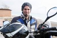 Motosikletiyle Dünyayı Gezdi