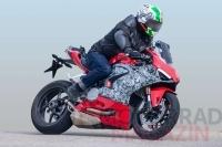 Ducati Panigale V2 959 Geliyor