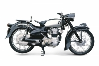 Honda 250SA Dream - 1955
