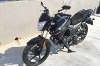 Yamaha YS 125 (yakıt cimrisi - harika tasarim - kapalı garaj)
